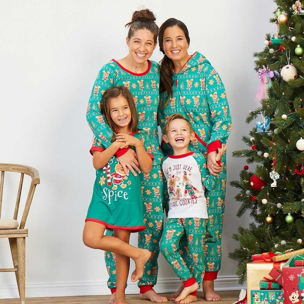 7 Matching Christmas Pajamas For Family Pics While Quarantining Holiday Style
