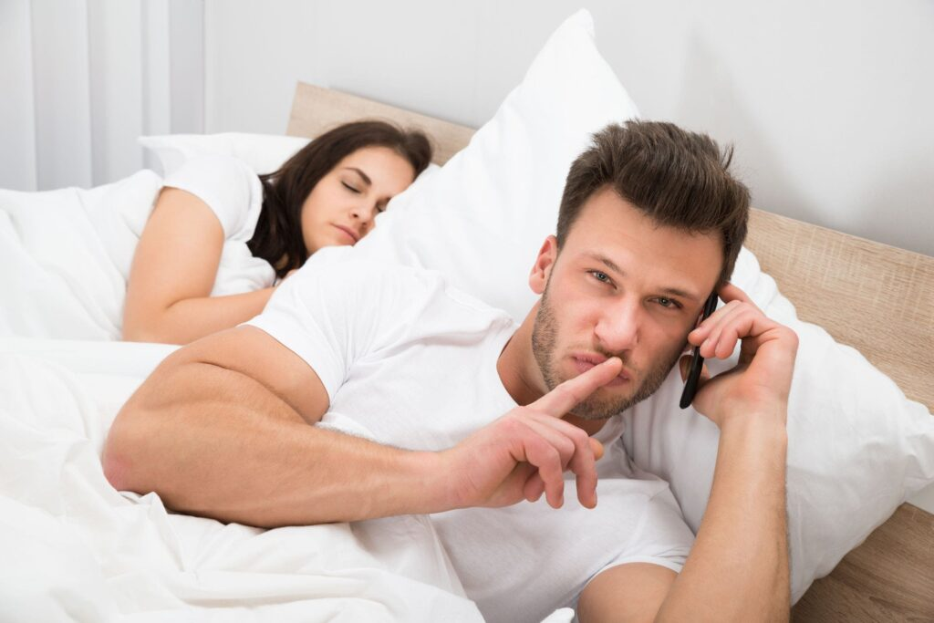 Why People Cheat In Relationships – 8 Reasons