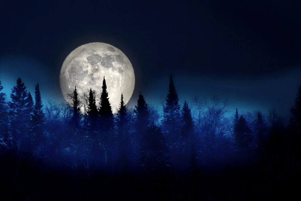 A Full Moon Has Powers To Change Your Mood: How To Use It