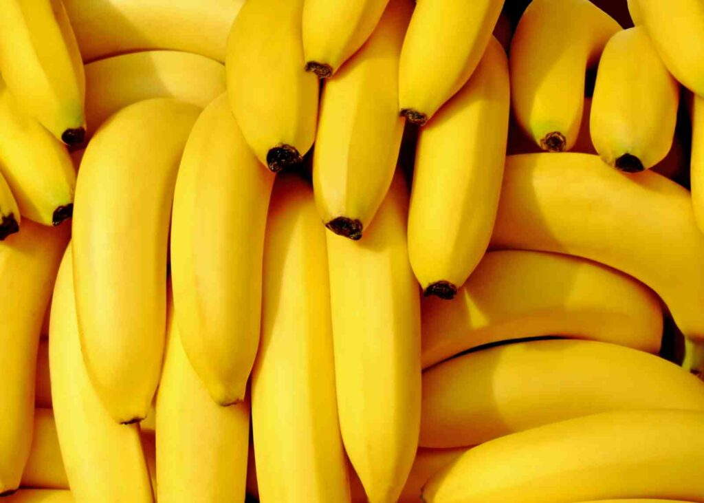 Bananas: To Eat Or Not To Eat? The Truth About Popular Fruit