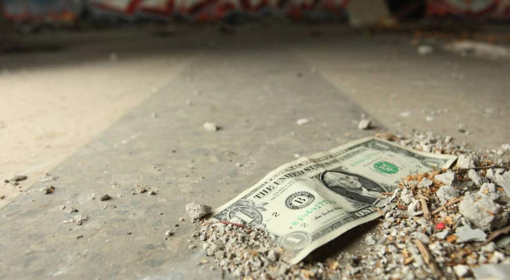 3 Reasons Why You Should Never Pick Up Money Off The Street