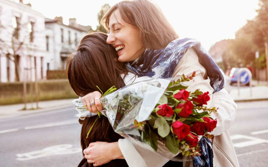 101 Romantic Messages to Keep the Love Alive While You're Apart