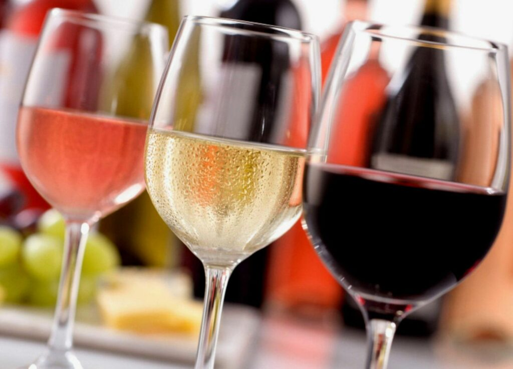 6 Signs How To Tell If Wine Is Bad